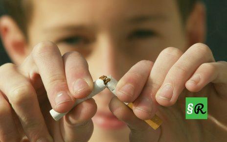Германия хочет ввести запрет на курение в машине